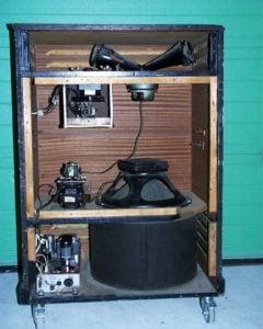 Leslie Amplifier (Rotary Speaker Effect)